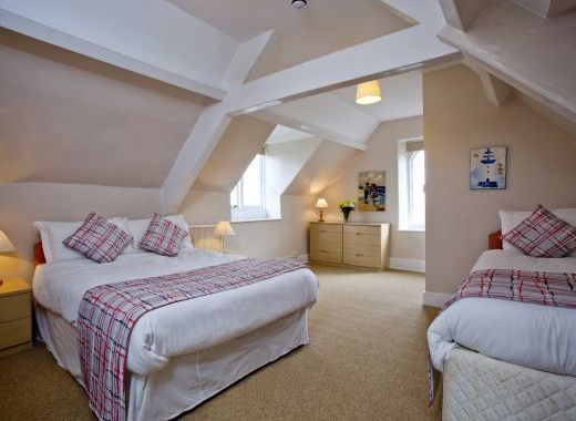 A room with seaviews, ensuite, double and twin beds