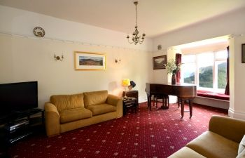 luxury large group self catering Devon